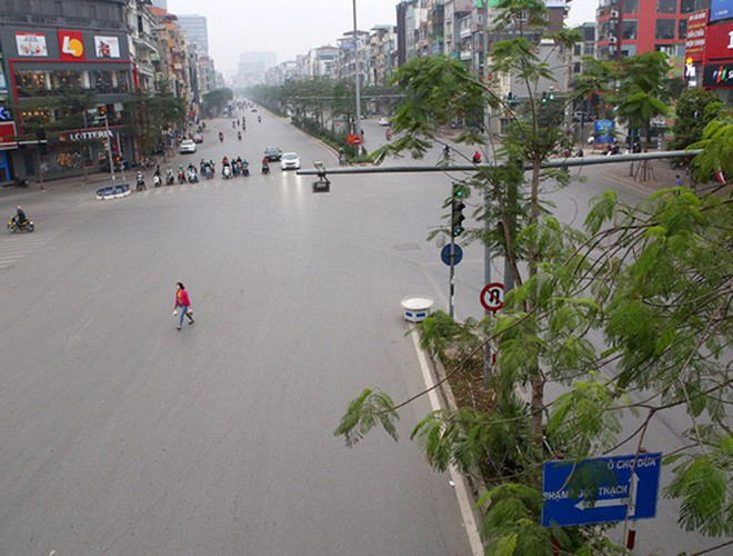 hanoi and ho chi minh city residents enjoy first day of 2020 hinh 17