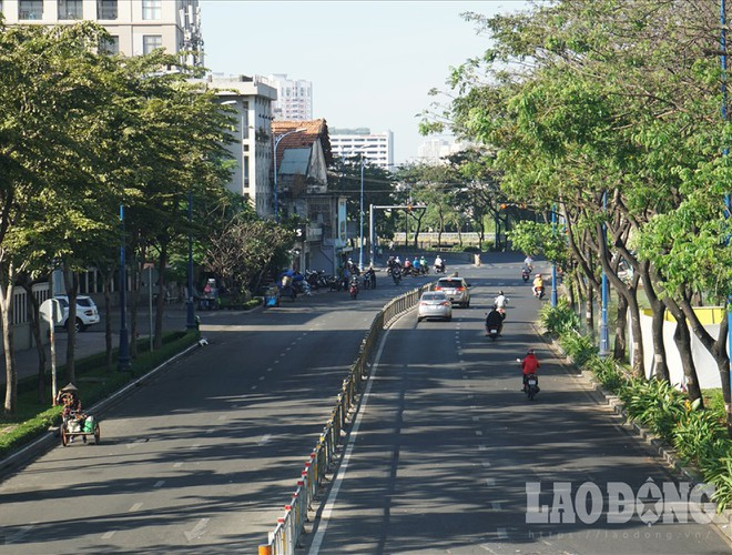 hanoi and ho chi minh city residents enjoy first day of 2020 hinh 21