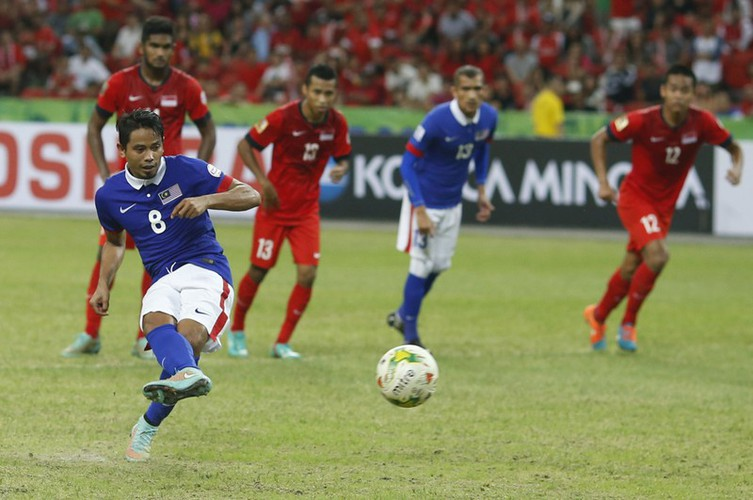 quang hai wins place in asean team of the decade hinh 6