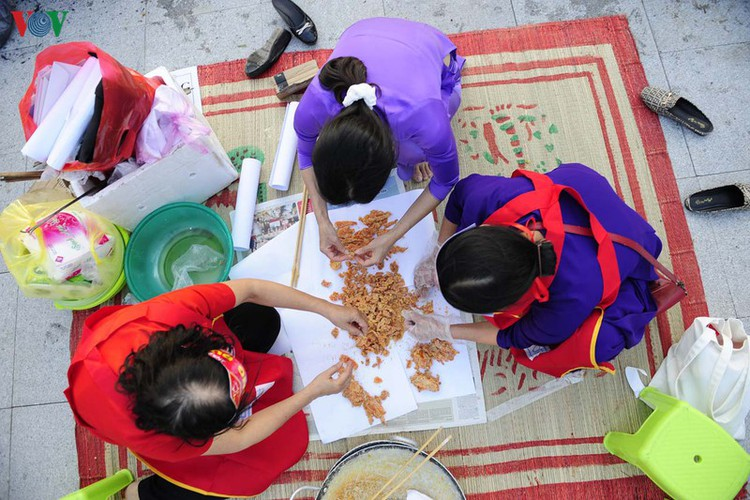 traditional customs on show as hue hosts tet festival hinh 5