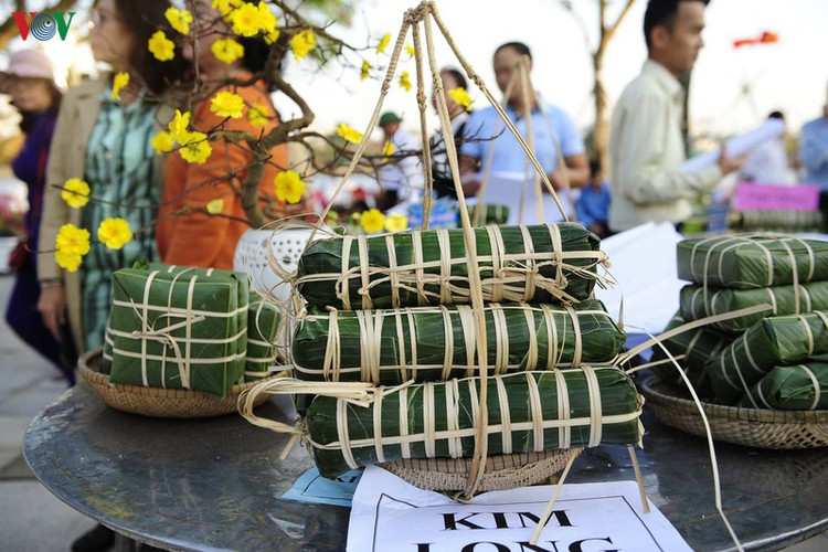 traditional customs on show as hue hosts tet festival hinh 8