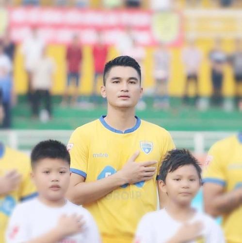 vietnamese footballers born in year of rat hinh 4