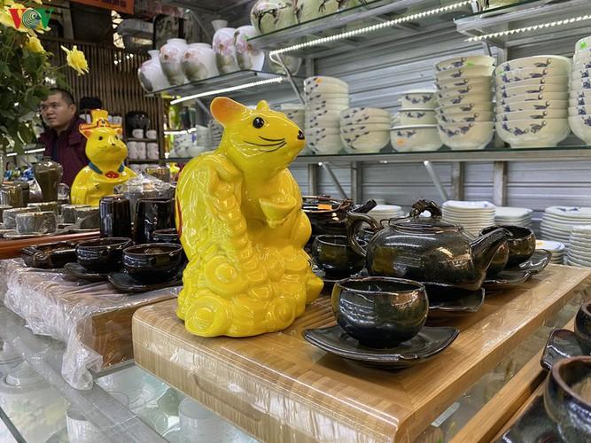 bat trang ceramic village represents a perfect tet attraction hinh 6