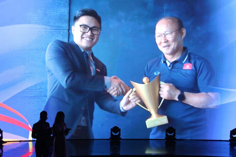 best athletes and coaches of 2019 honoured at victory cup gala hinh 1