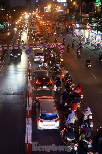 commuters in hanoi poised to face annual tet gridlock hinh 13