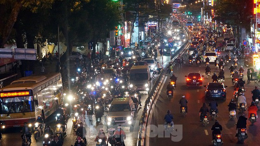 commuters in hanoi poised to face annual tet gridlock hinh 14