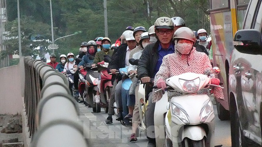 commuters in hanoi poised to face annual tet gridlock hinh 6