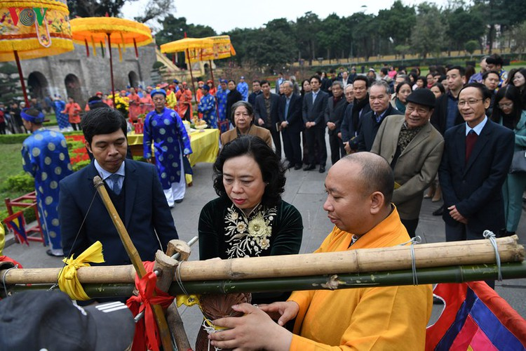 thang long relic site hosts re-enactments of traditional tet rituals hinh 12
