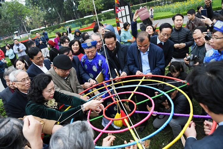 thang long relic site hosts re-enactments of traditional tet rituals hinh 13