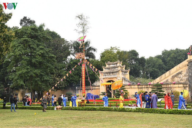 thang long relic site hosts re-enactments of traditional tet rituals hinh 17