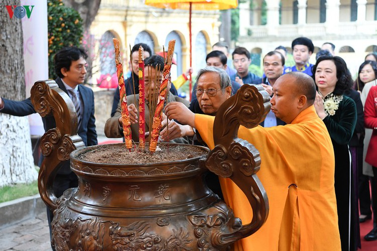 thang long relic site hosts re-enactments of traditional tet rituals hinh 3