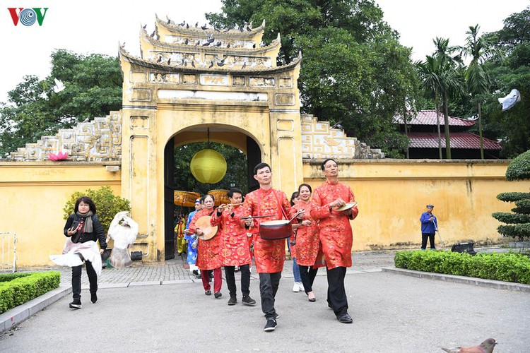 thang long relic site hosts re-enactments of traditional tet rituals hinh 8