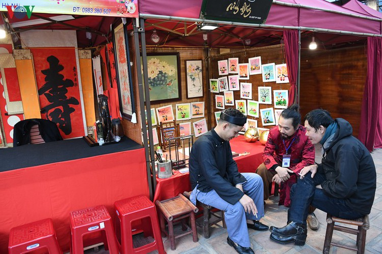 hanoi calligraphy festival set to run during tet hinh 12