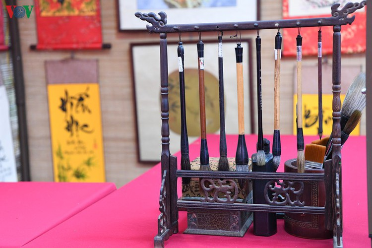 hanoi calligraphy festival set to run during tet hinh 14