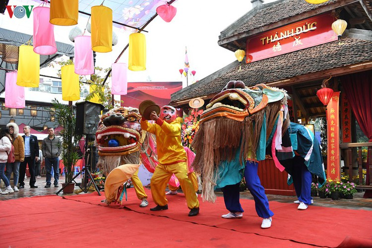 hanoi calligraphy festival set to run during tet hinh 2
