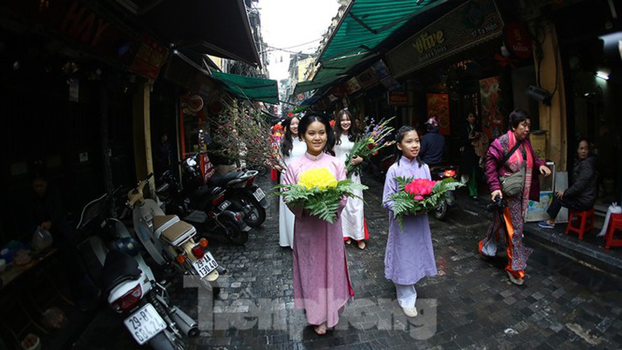 images of old tet recreated in hanoi's old quarter hinh 5