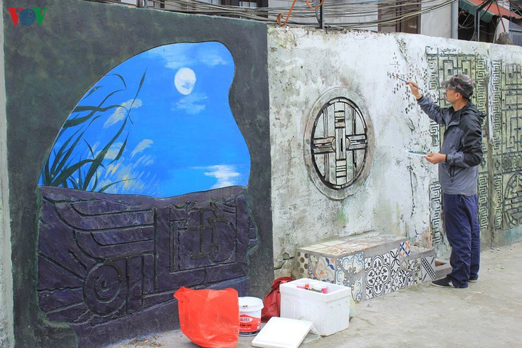 street art made from recycled material goes on display in hanoi hinh 9