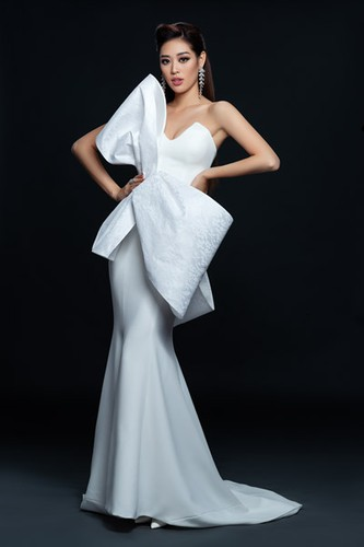 khanh van launches photo collection ahead of miss universe 2020 hinh 2