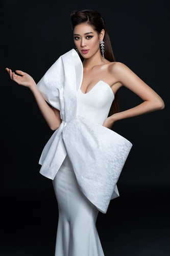khanh van launches photo collection ahead of miss universe 2020 hinh 4