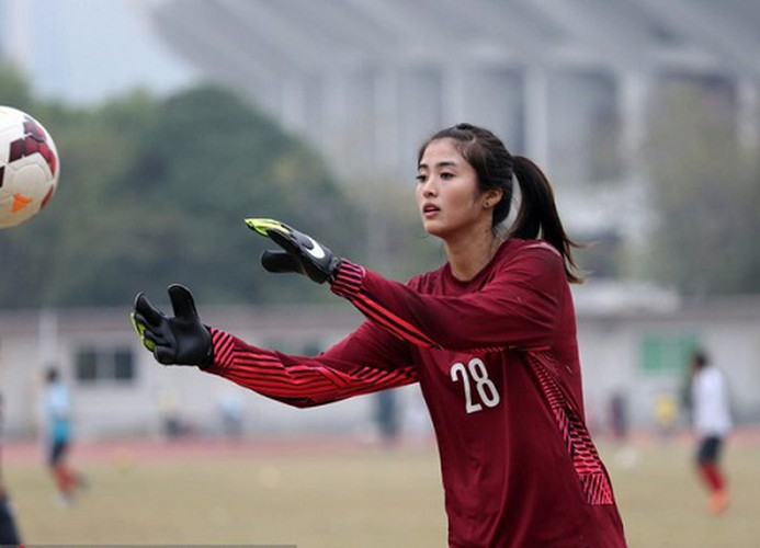 thi loan named among ten most beautiful female asian footballers hinh 6