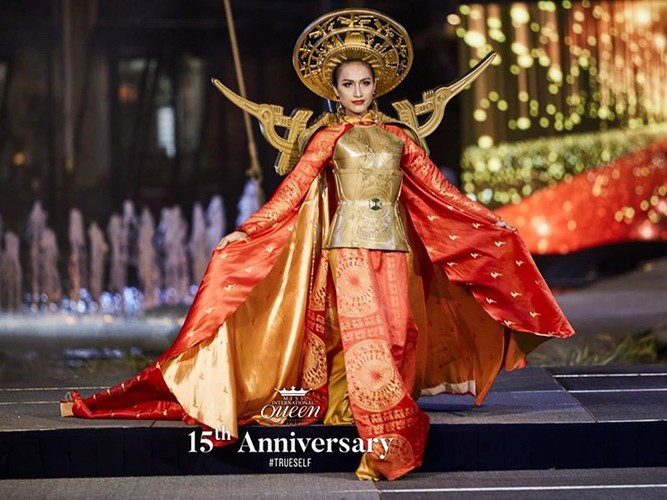 hoai sa dresses in ao dai for activities at miss international queen 2020 hinh 7