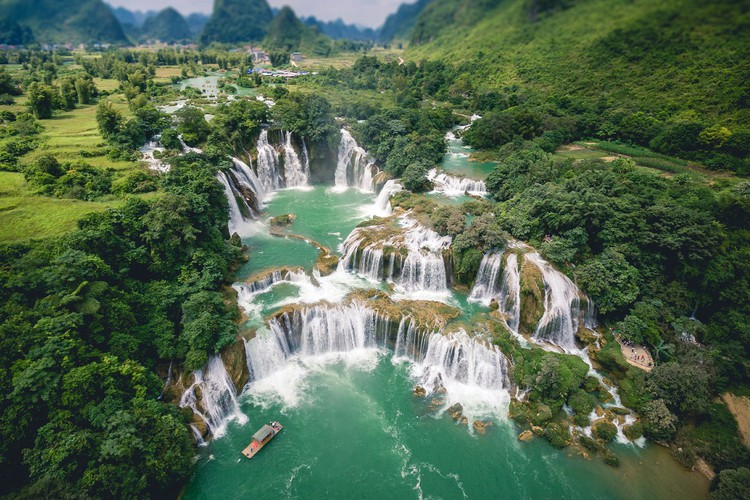 wanderlust offers 17 suggestions on best things to do in vietnam hinh 14