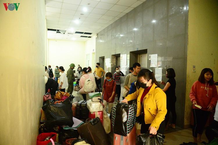 hanoi student dormitories transformed into isolation areas hinh 4