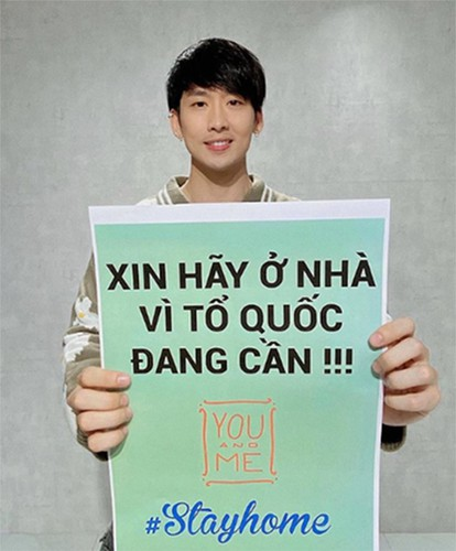 vietnamese celebrities call on people stay at home to combat covid-19 hinh 6