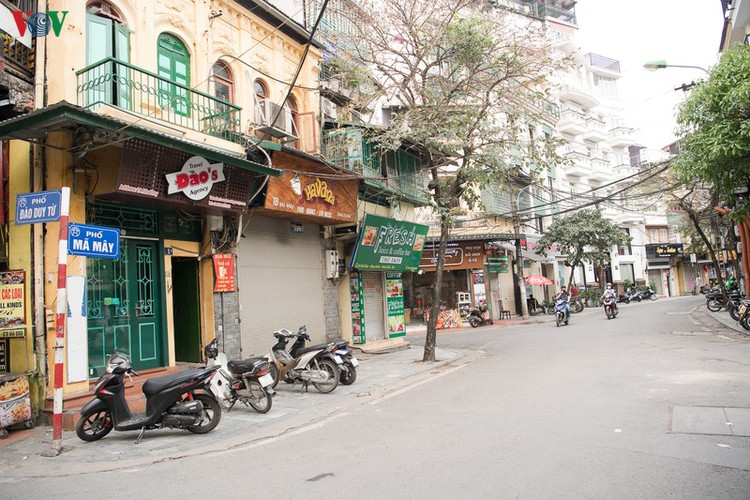 hanoi streets left deserted after business closures hinh 8