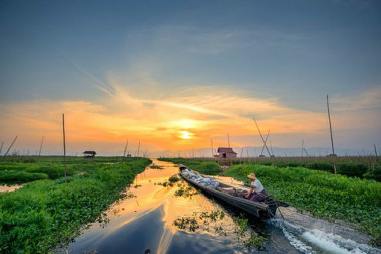 vietnamese settlement listed among global incredible floating villages hinh 18