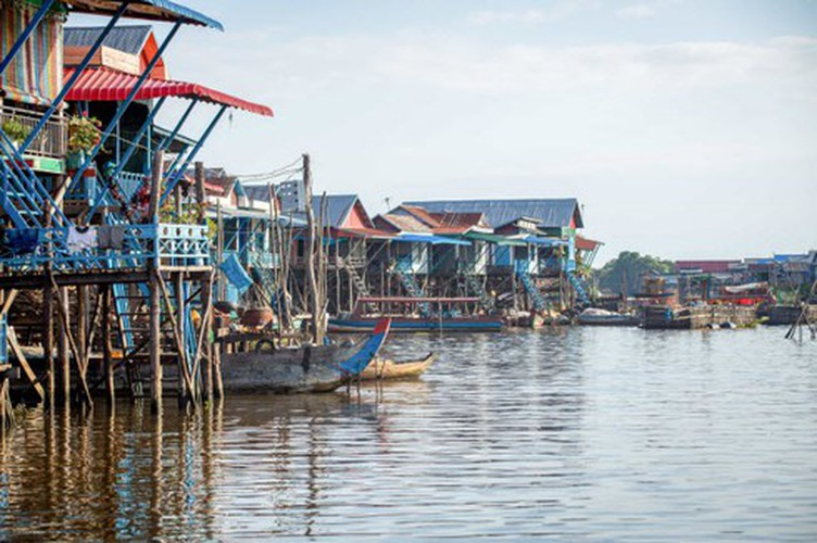 vietnamese settlement listed among global incredible floating villages hinh 19