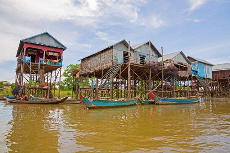 vietnamese settlement listed among global incredible floating villages hinh 21