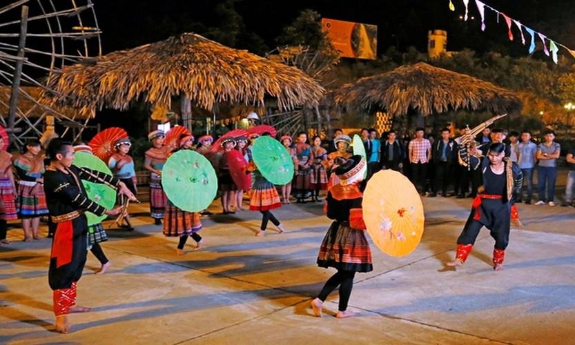 wanderlust suggests 12 top activities when visiting vietnam hinh 1