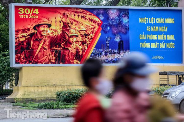 hanoi receives decorative makeover ahead of national holidays hinh 10