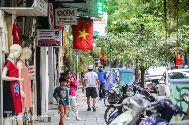 hanoi receives decorative makeover ahead of national holidays hinh 11