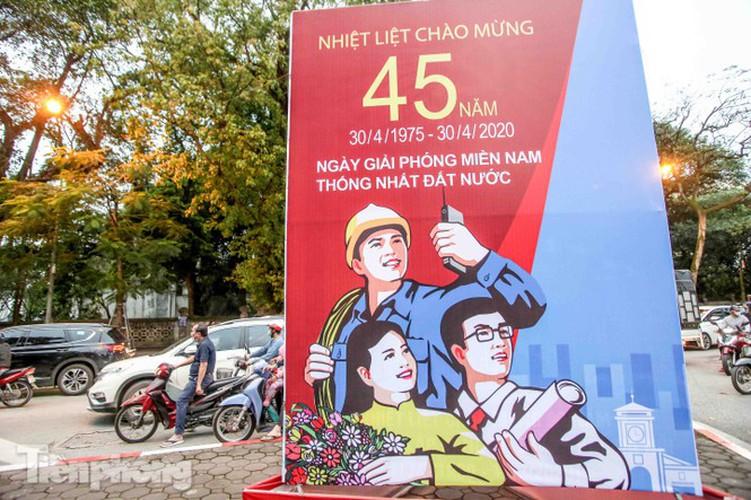hanoi receives decorative makeover ahead of national holidays hinh 15
