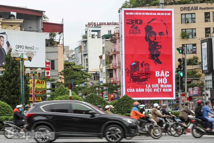 hanoi receives decorative makeover ahead of national holidays hinh 3