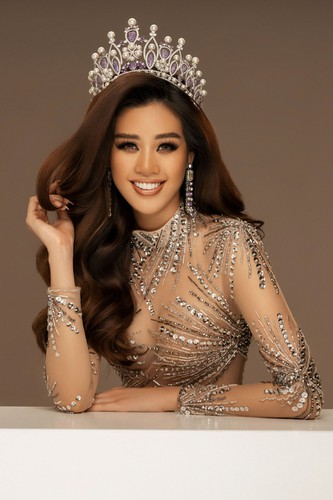 khanh van launches photo collection ahead of miss universe 2020 hinh 11