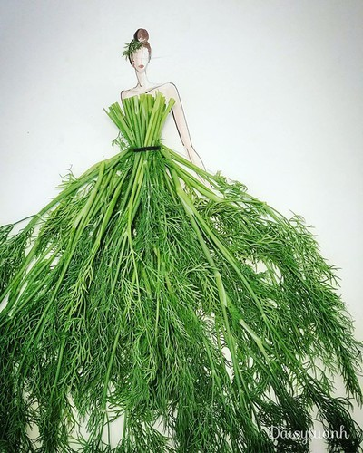 housewife shows off artistic gowns made from vegetables hinh 1