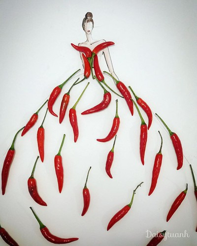 housewife shows off artistic gowns made from vegetables hinh 6
