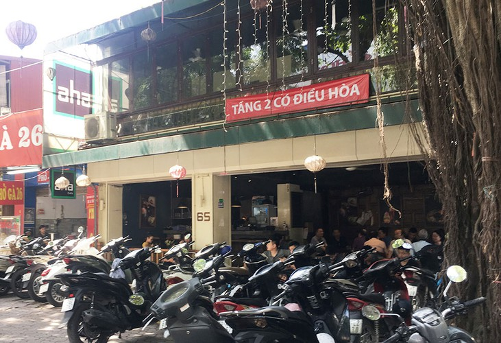 hanoi swelters in the midst of a summer heat wave hinh 11