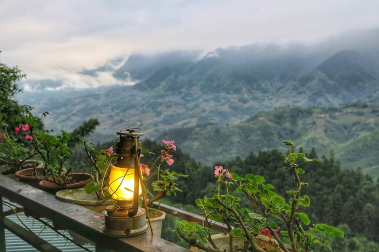 foreign website suggests leading coffee shops in sapa hinh 7