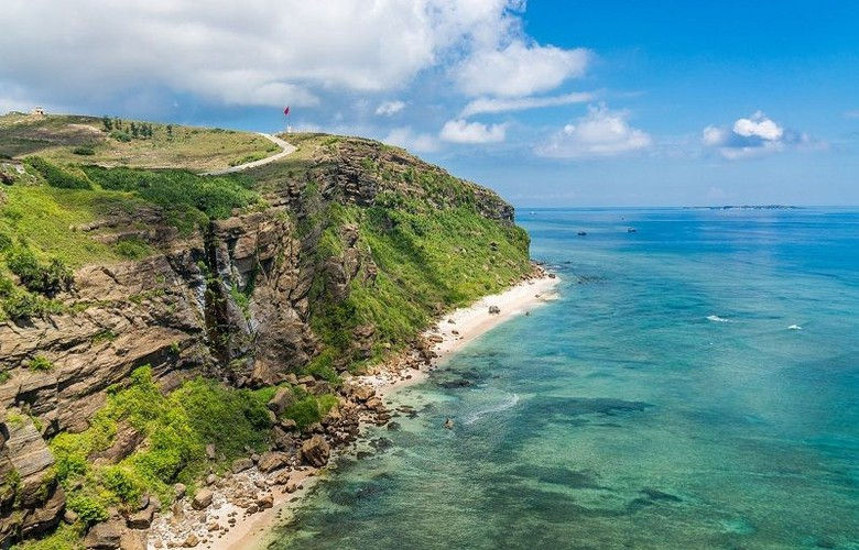 uk travel website unveils list of 10 most beautiful vietnamese islands hinh 10