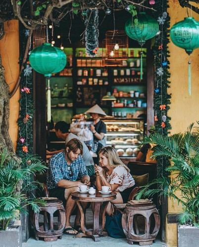 must-try street food options for a day trip to hoi an hinh 3