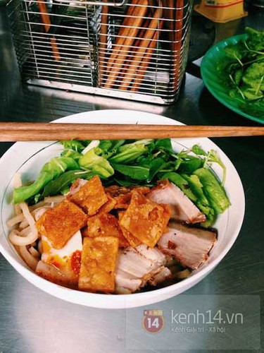 must-try street food options for a day trip to hoi an hinh 5