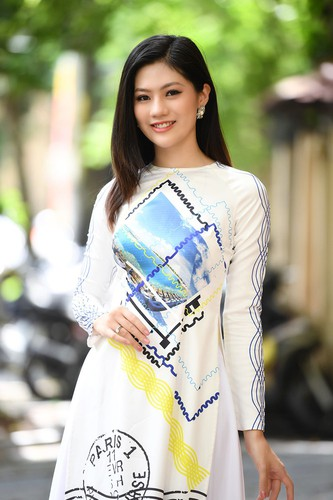 beauty queens shine in ao dai bearing images of national sea and islands hinh 9
