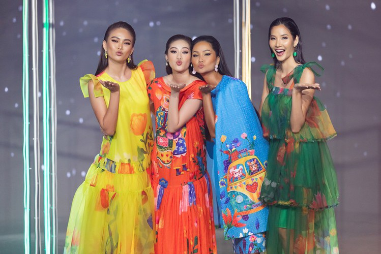 beauty queens return to fashion show following covid-19 epidemic hinh 7