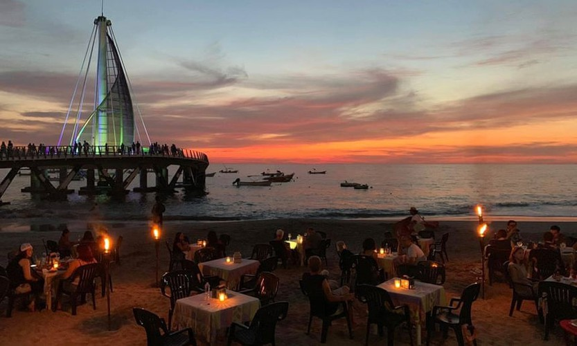 ho chi minh city bar listed among best in world hinh 9