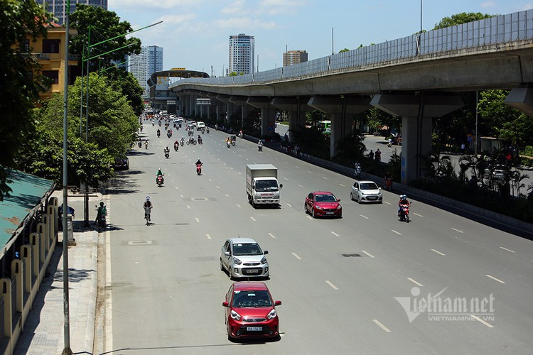 hanoi endures second heat wave, temperatures drop in hcm city hinh 11