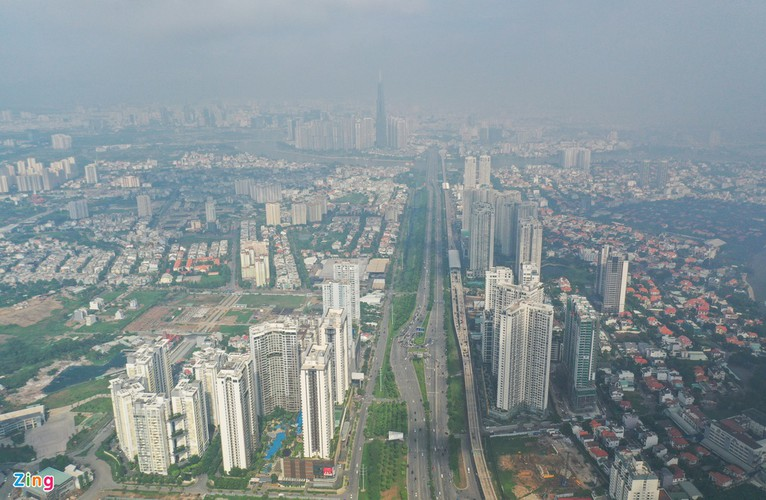 hcm city left gloomy amid heightened levels of air pollution hinh 10